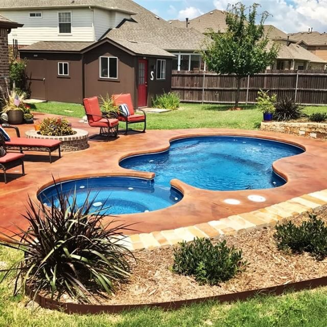 Swimming Pool Landscaping Tips