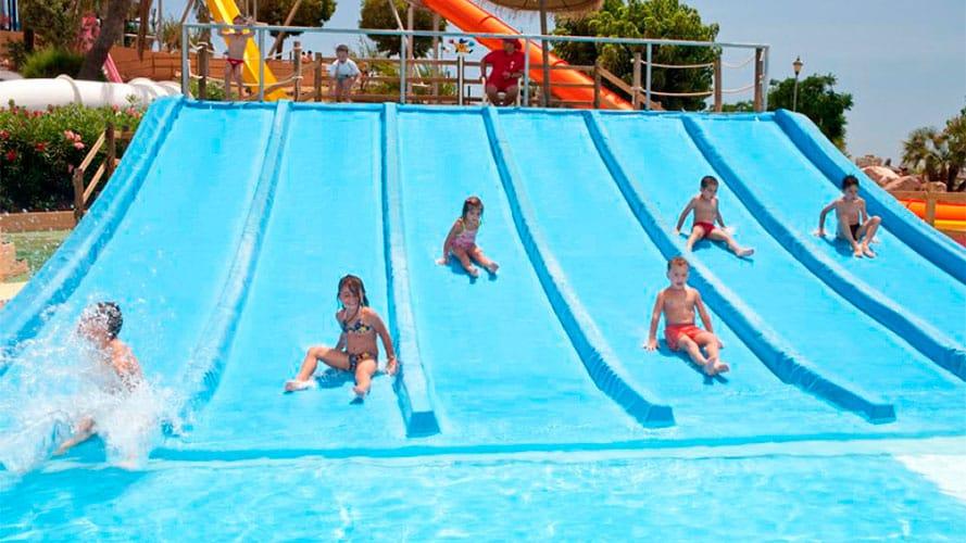 Minidunas  Atracciones de Aquarama parque acutico