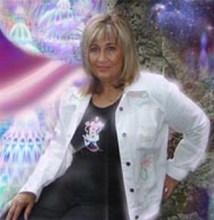 Paola Harris Bio