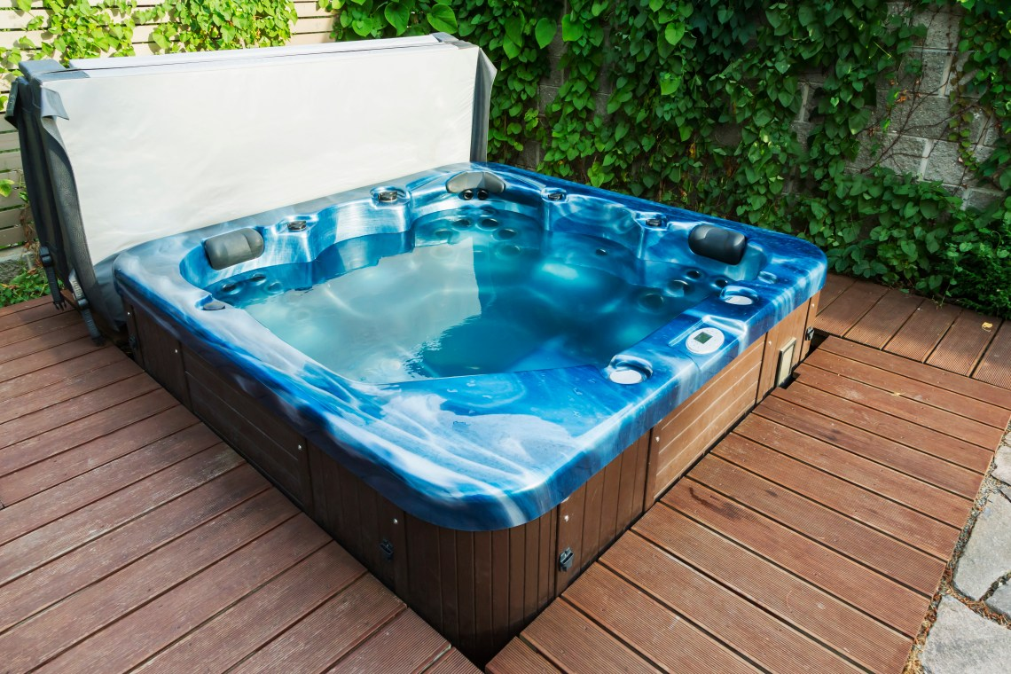 5 Easy Ways to Refresh Your Hot Tub This Year - Aqua Spas & Pools