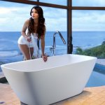 Freestanding Large Bathtub From Aquastone Aquatica Bath Canada
