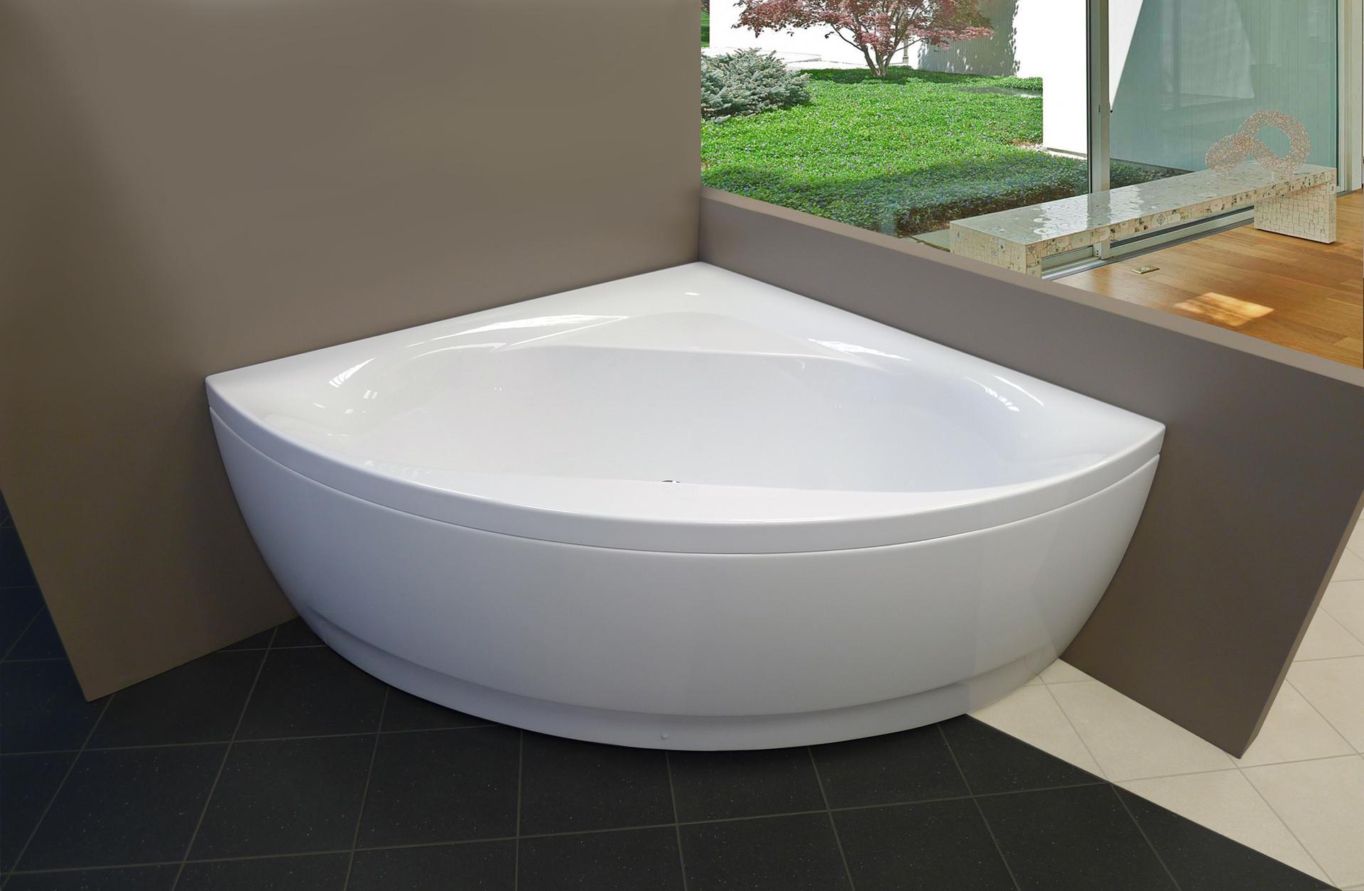 Aquatica OliviaWht Acrylic Corner Bathtub