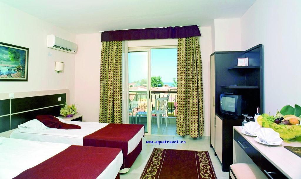 Hotel Crystal Aura Beach Resort  Spa Kemer 5