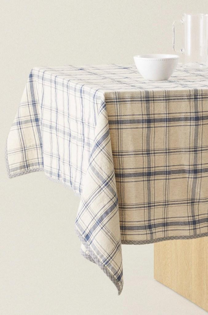 Mantel Algodón Cuadros de Zara Home