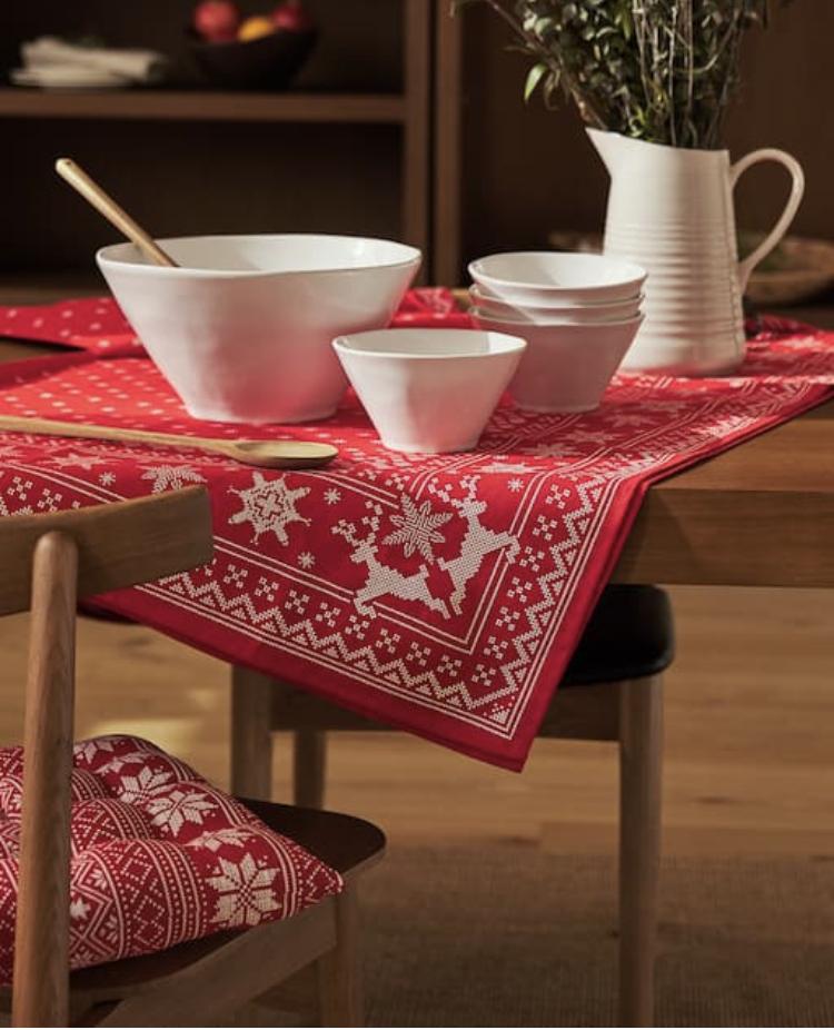 Mantel Estampado Copos Rojos de Zara Home