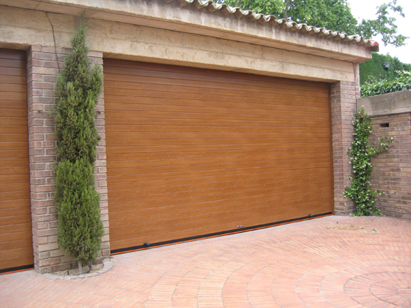 Puertas de garaje elecci n cerrajeros valencia - Mecanismo puerta garaje ...