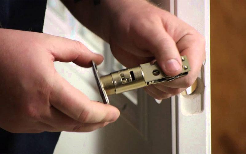 Cuanto cuesta cambiar una cerradura cerrajeros valencia for Cuanto cuesta contratar una alarma