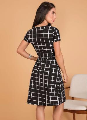 Vestido Evasê Xadrez Grid
