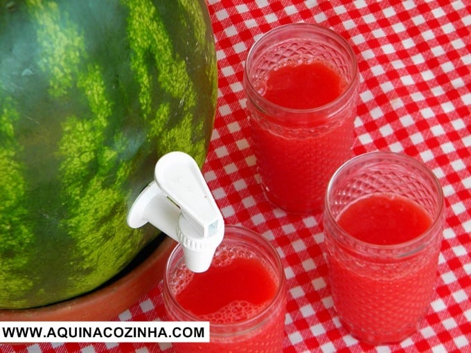 Suqueira de melancia (melancia de torneirinha)