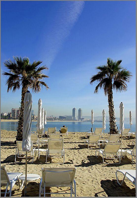 شواطىء برشلونة