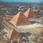 تقرير عن أشهر و اكبر اهرامات العالم بالصور
