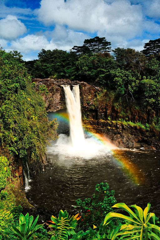 شلالات قوس قزح هاواي