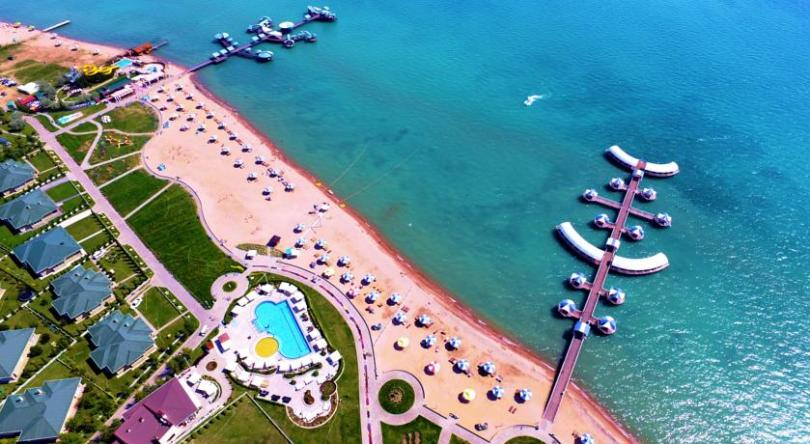 "Hotel Resort ""Karven Four Seasons"""