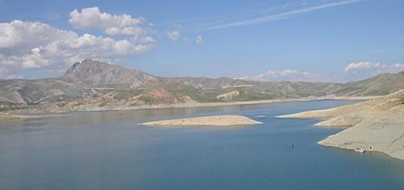 بحيرة الرزازة