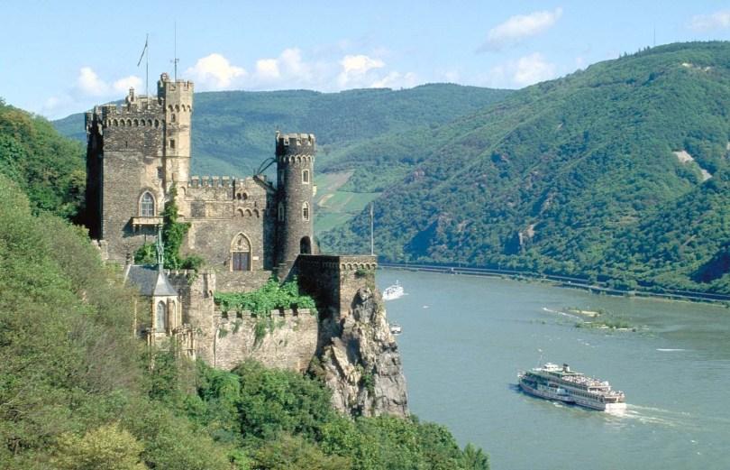 قلعة بوسينبيرغ في المانيا