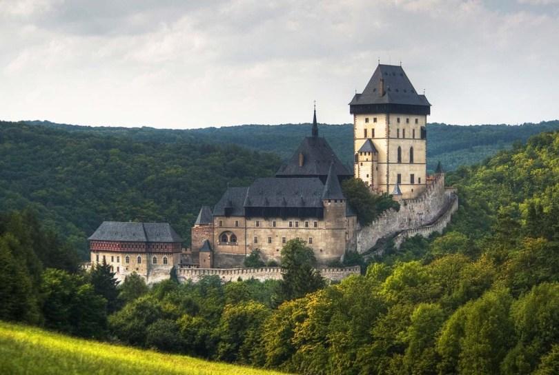 القلاع