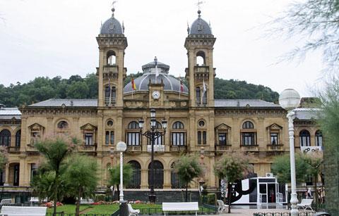 قاعة مدينة سان سيباستيان