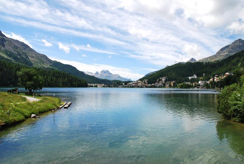 بحيرة St Moritz