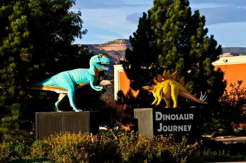 حفر الديناصورات فى كولورادو