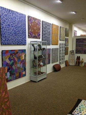 معرض فنون السكان الأصليين