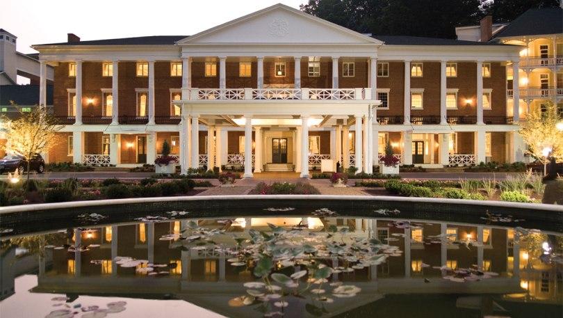 منتجع Omni Bedford Springs Resort
