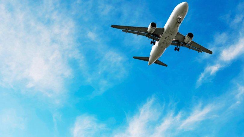 عشاق السفر يكشفون أفضل الحيل المجربة للحصول على تذاكر طيران لأفضل المقاعد بأرخص الأسعار