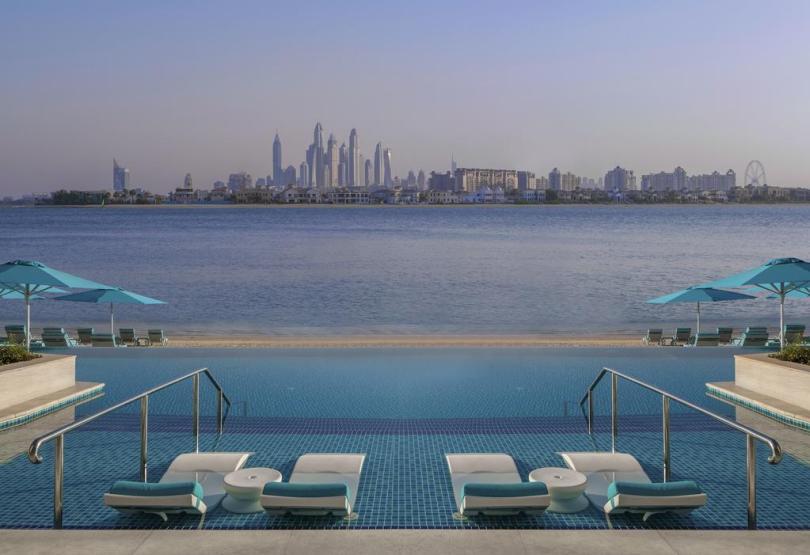 فندق ذا رتريت نخلة دبي