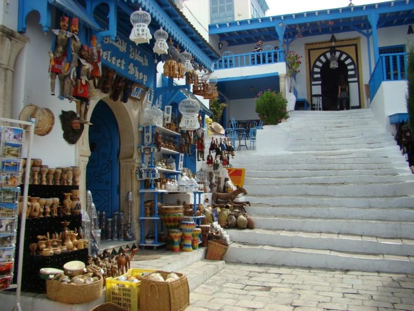 السوق المحلي سيدي بوسعيد