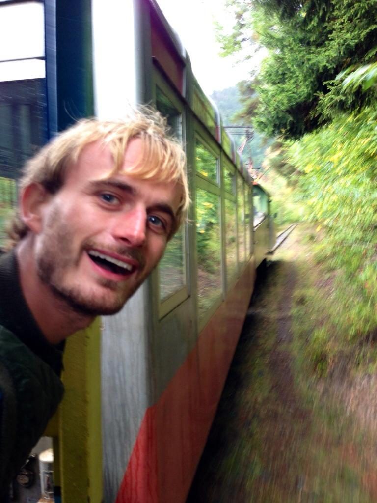 قطار برجومي
