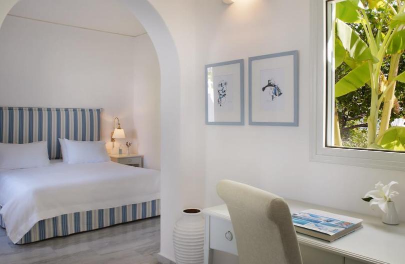فنادق جزيرة باروس