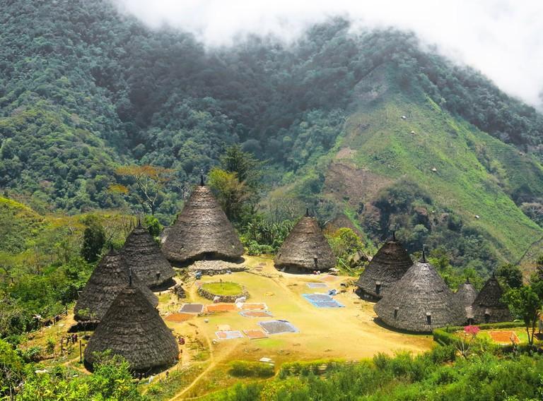 أحد أجمل الأماكن السياحية في إندونيسيا
