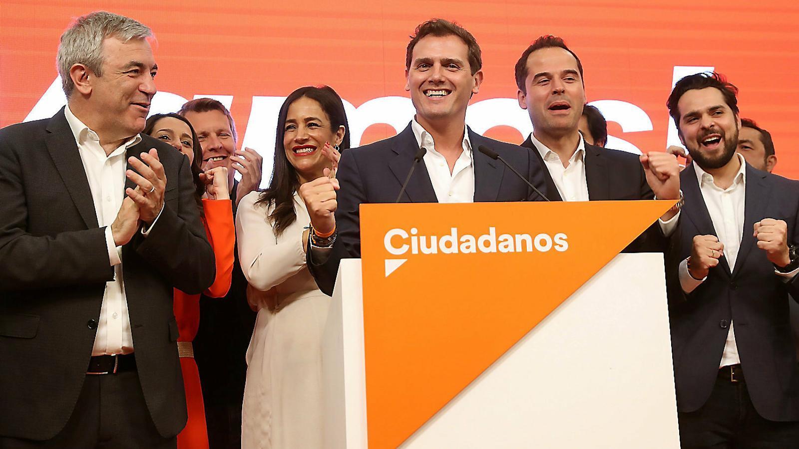 Quatre comunitats pendents del dilema de Cs: Vox o el PSOE
