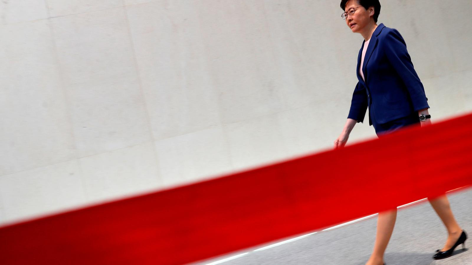 """La cap del govern de Hong Kong dona per """"mort"""" el projecte de llei d'extradició a la Xina"""