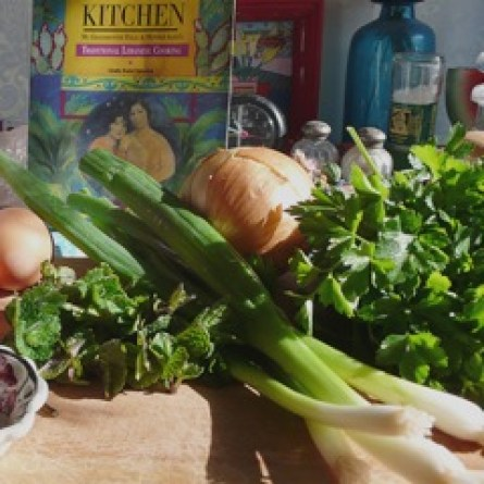 Mediterranean Cooking from the Garden with Linda Dalal Sawaya: 5 easy ways to use your homegrown Italian fresh parsley right now—Lebanese style!
