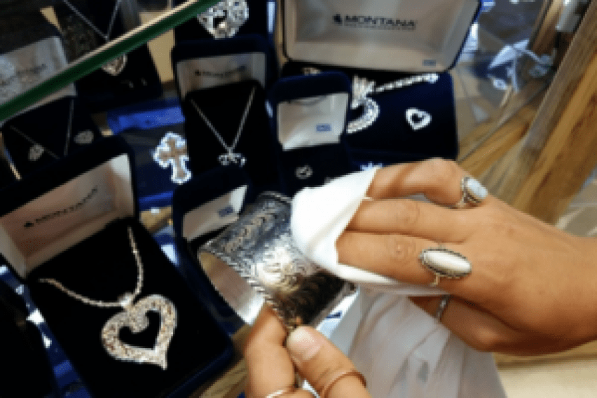DIY Methods to Clean and Polish Pearl, Silver and Diamond Jewelry