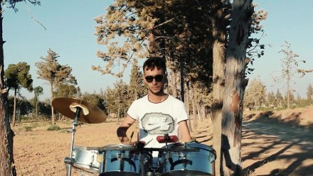 Syrian Kurd Who Lost Hand in IS Battle Finds Passion for the Drums