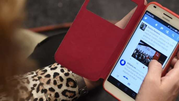 How Social Media Revolutionized Arab Youth