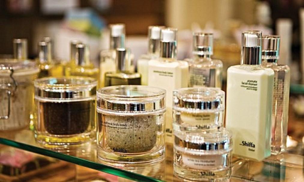 Evaluating 9 Ingredients that Arab Skincare Gurus Swear By