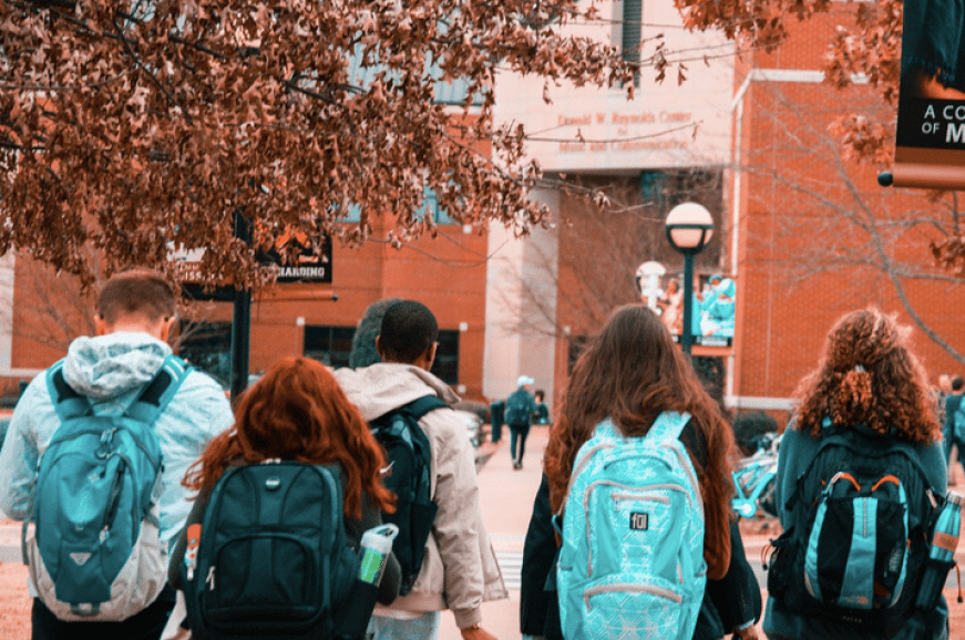 How to Adjust to US University -8 Tips for Arab Students