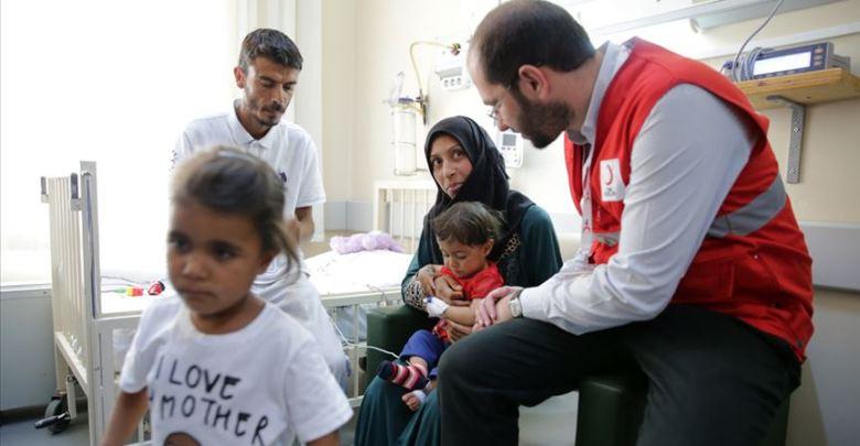 الهلال الأحمر التركي يتكفّل بإجراء عملية لطفلة سورية 1