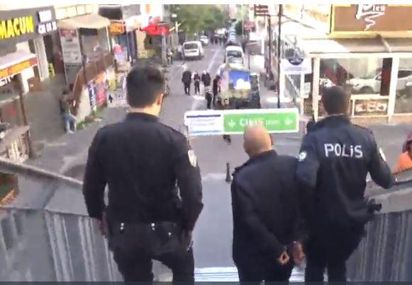 اعتقال مواطن تحرش بفتاة داخل المتروبوس في إسطنبول 2
