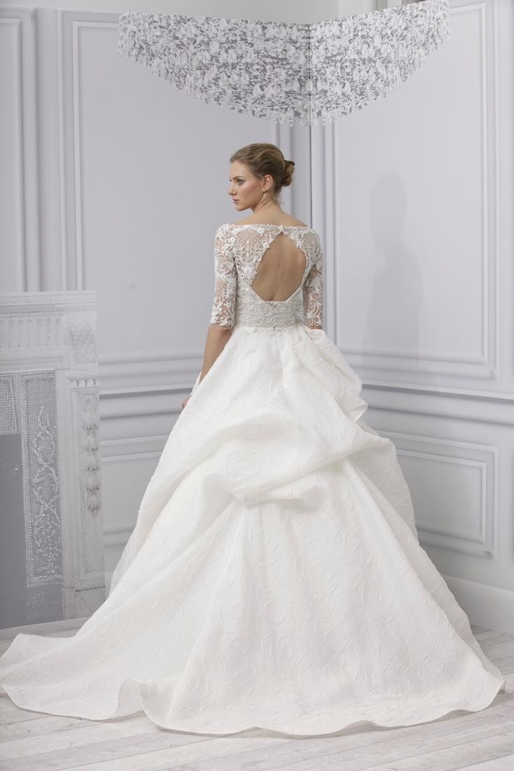 The Wedding Dress with a Dramatic Back  Arabia Weddings