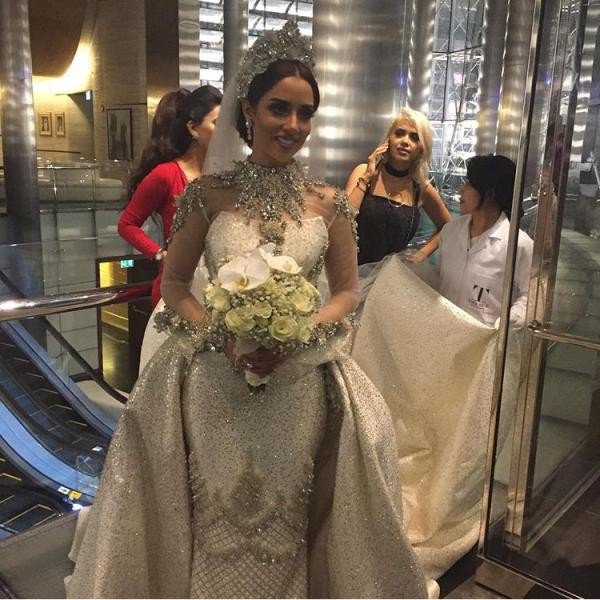 First Pictures Of Balqees Fathis Wedding Arabia Weddings
