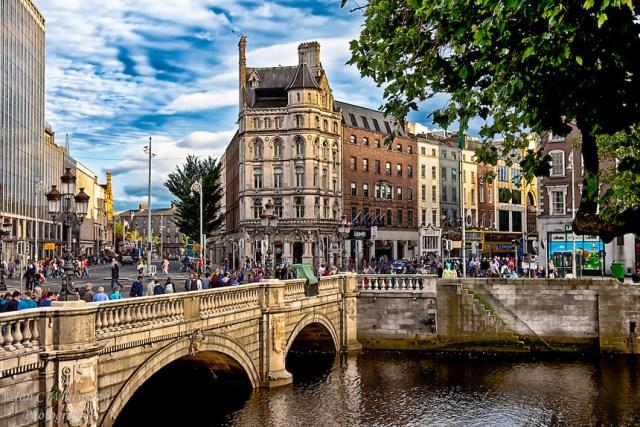 Dublin-Across-the-Liffey.jpg
