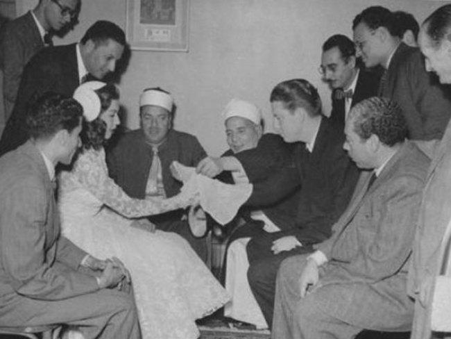 الأمريكي شبيرد كينج.. أحد قصص الحب التي لم تكتمل في حياة سامية جمال، تزوجها في بداية الخمسينات ثم استولى على أموالها في أمريكا