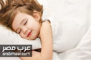 طفلك ينام في الفصل تعرفي علي الأسباب والحلول للحفاظ علي صحة طفلك