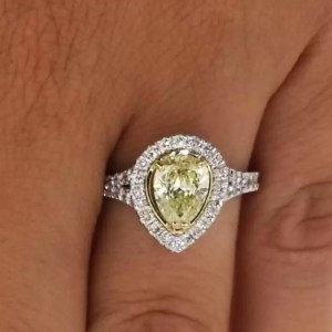 2 Carat Pear Cut Diamond Engagement Ring 18K White Gold