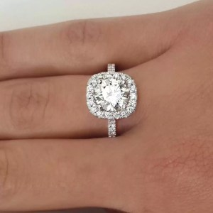 2.00 Ct Round Cut D/Vvs1 Diamond Solitaire Engagement Ring 18K White Gold