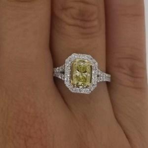 2.5 Carat Radiant Cut Diamond Engagement Ring 18K White Gold
