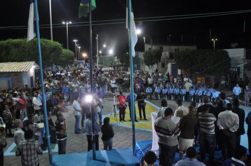 Grande público prestigiou entrega da Praça de Lazer